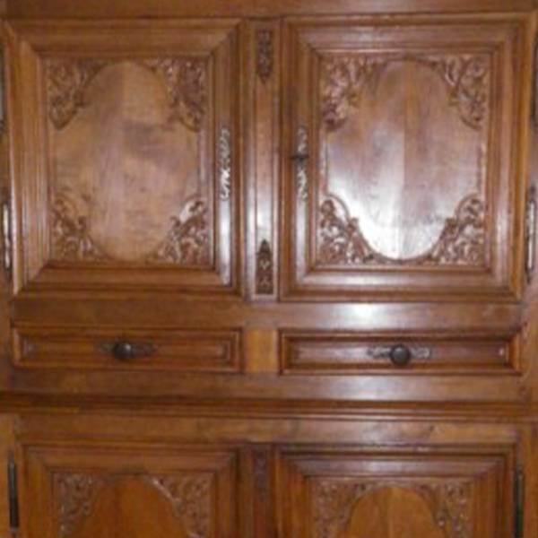 Armoire Louis 14 chêne - détail